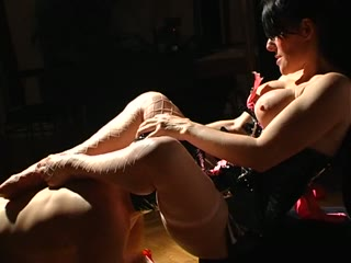 Sensual foot worship and face sitting movie